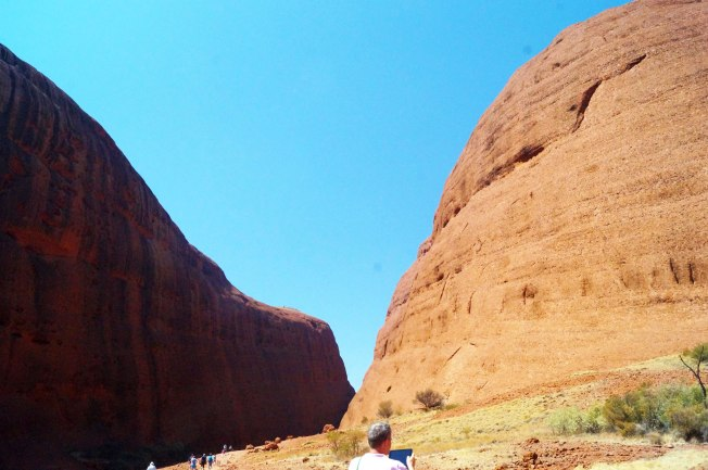 Kata-Tjuta-shapes-2500